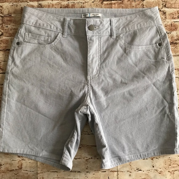 Riders by Lee Pants - Riders Mid Rise striped shorts Size 10M